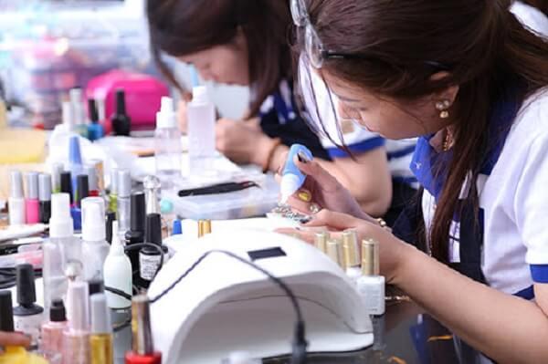 Tổng quan về nghề nail để nhận định có nên học nghề nail hay không?