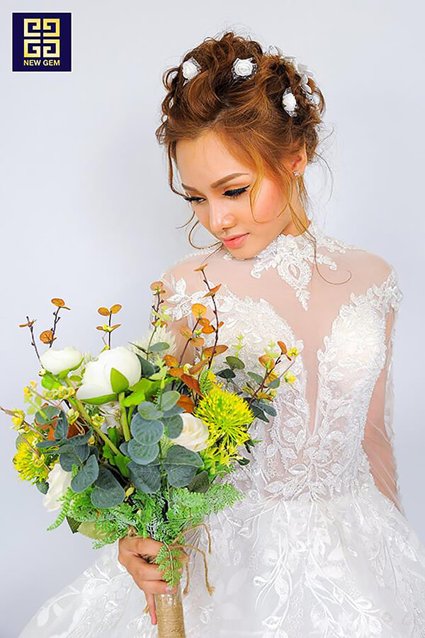Có nên học trang điểm cô dâu không, học trang điểm cô dâu có tương lai không?