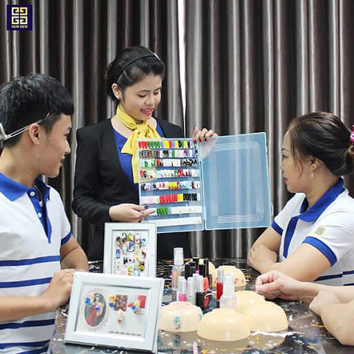 Mục tiêu và đối tượng nên theo học nail chuyên sâu
