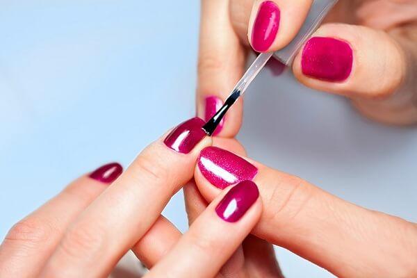 Học nail có khó không? Giải đáp từ Học viện thẩm mỹ New Gem