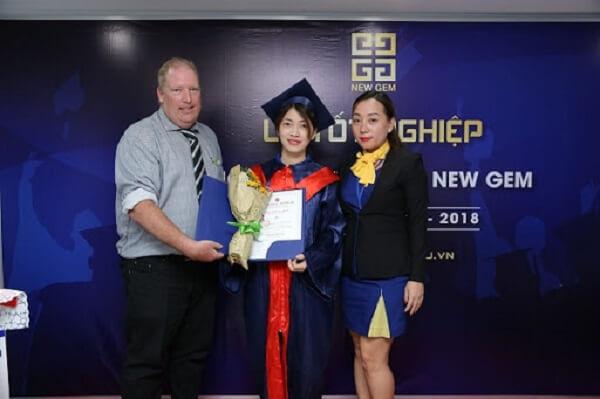 New Gem tự hào là trung tâm đào tạo Make up, trang điểm từ cơ bản đến chuyên nghiệp lớn nhất, uy tín chất lượng hàng đầu tại TP Hồ Chí Minh