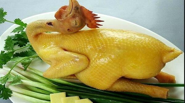 Sau xăm môi kiêng thịt gà bao lâu, ăn uống cần kiêng cử những gì để kết quả phun xăm đẹp nhất?