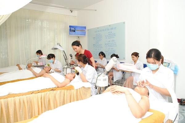 Học spa chuyên nghiệp ở đâu uy tín, học spa chuyên nghiệp gồm những gì?
