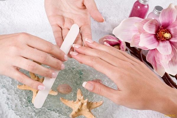 Học nail cần mua những gì, 5 dụng cụ cơ bản không thể thiếu khi làm nail