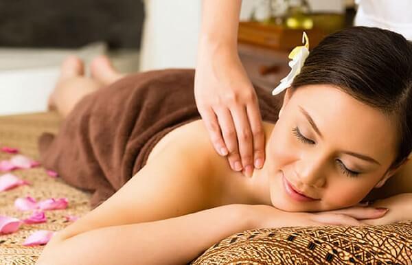 Khóa học massage bấm huyệt Tphcm tại học viện thẩm mỹ New Gem
