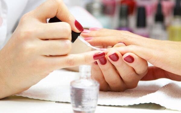 Kinh nghiệm học nghề nail gồm những gì để nhanh giỏi nghề nhất?