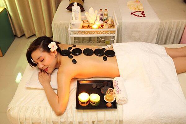 4 kỹ thuật massage mặt nâng cao theo phong cách châu Á và châu Âu