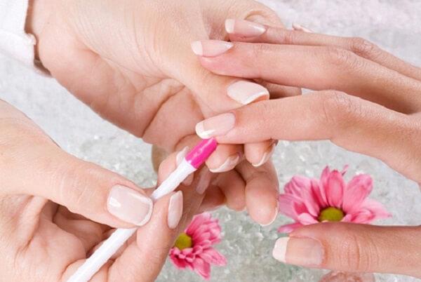 Các bước chăm sóc móng sau khi làm nails