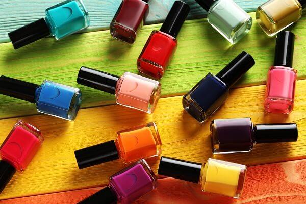 Các cách làm loãng sơn móng tay bạn không thể bỏ qua
