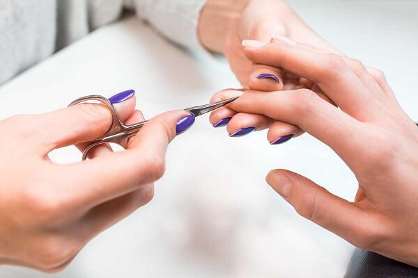 Làm nail giữ được bao lâu? Bí quyết giữ bền màu nail