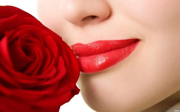 Những lưu ý khi phun xăm môi bạn cần biết