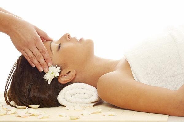 Những lưu ý giúp massage da đầu đúng chuẩn spa