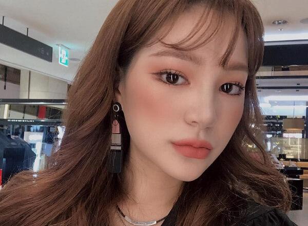 Điểm qua các tên gọi của xu hướng makeup năm 2019