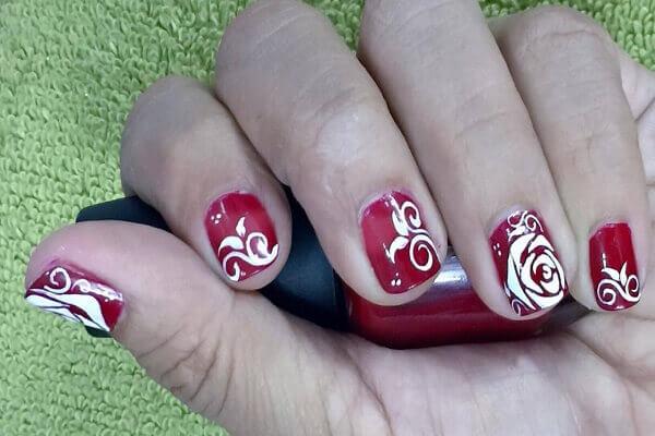 Cách vẽ nail bằng cọ nét bạn đã biết chưa?