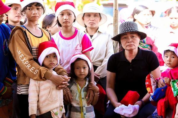 New Gem phát động chương trình từ thiện, hỗ trợ gia đình nghèo, học sinh nghèo tại huyện Củ Chi