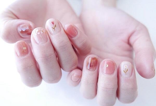 Điểm qua các mẫu nail màu pastel cực xinh xắn