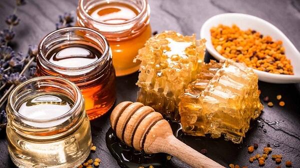 Bí quyết dưỡng môi bằng mật ong cực hay cực hiệu quả