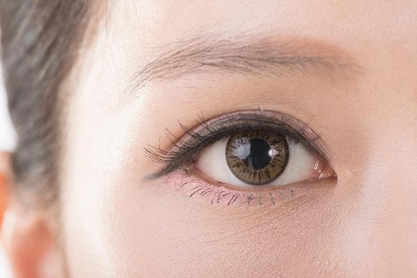 Xăm mí mắt bao lâu lên màu? Câu trả lời của chuyên viên