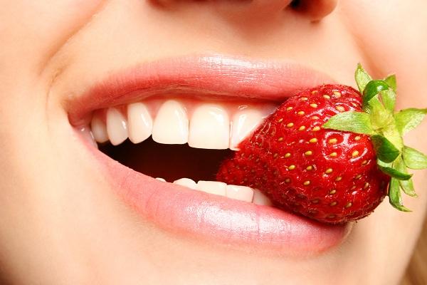 Xăm môi có được hôn không? [GÓC GIẢI ĐÁP]
