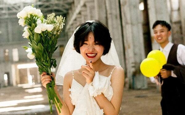 Cách trang điểm cô dâu tóc ngắn cho cô nàng cá tính