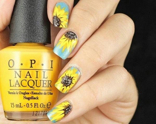 Bạn đã biết cách vẽ nail hoa hướng dương cực nhanh chưa?