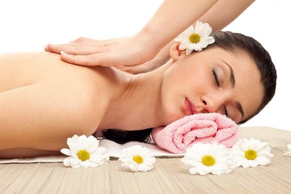 Đi spa chăm sóc da mặt có tốt không? Chuyên viên giải đáp