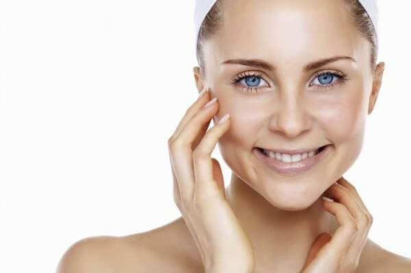 Cách chăm sóc da nhờn mỗi ngày vô cùng hiệu quả