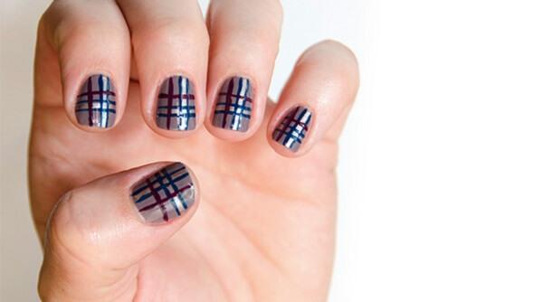 Hướng dẫn cách vẽ nail caro đơn giản dễ làm