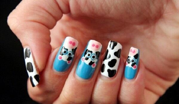 Hướng dẫn cách vẽ nail hình bò sữa xinh xắn tại nhà