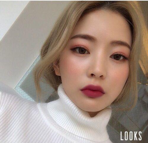 Những phong cách makeup làm mưa làm gió năm 2020 3