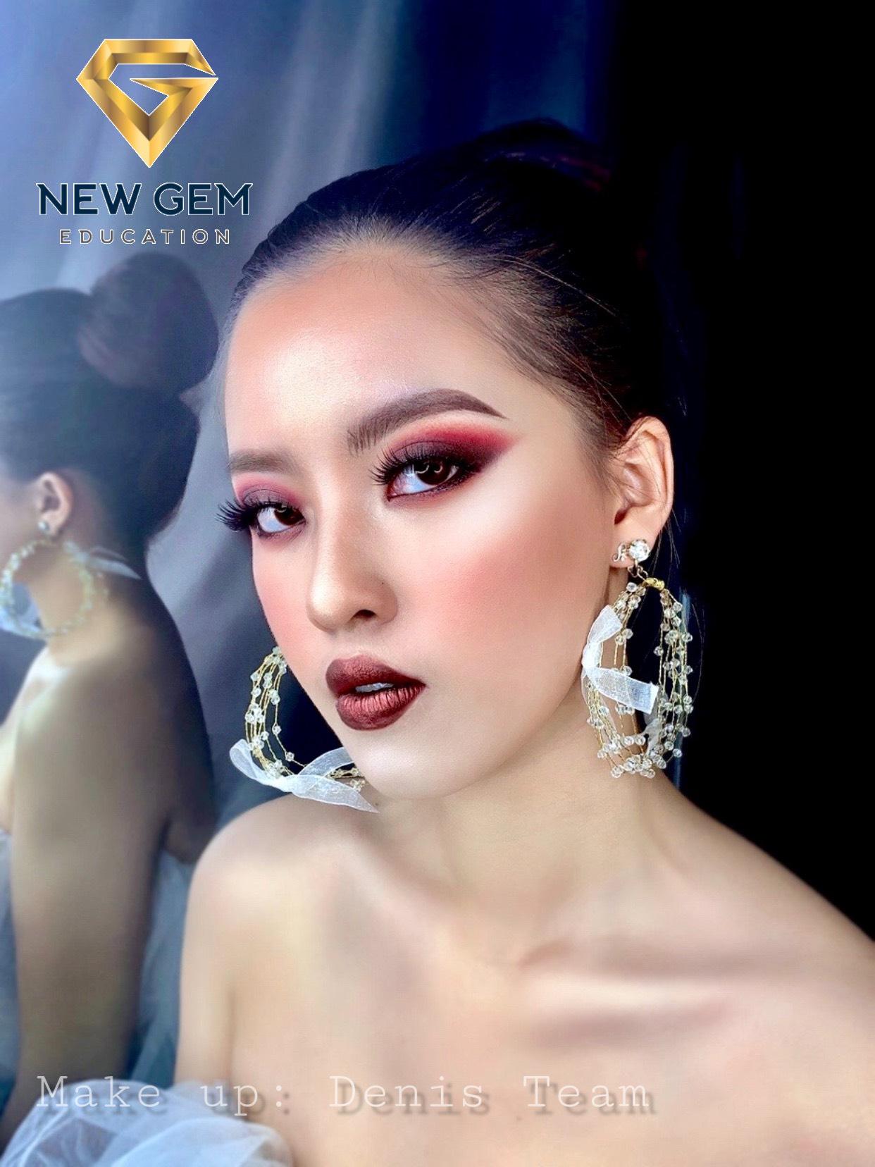 Khóa Học Make Up Chuyên Nghiệp - Học xong đi làm được ngay 10